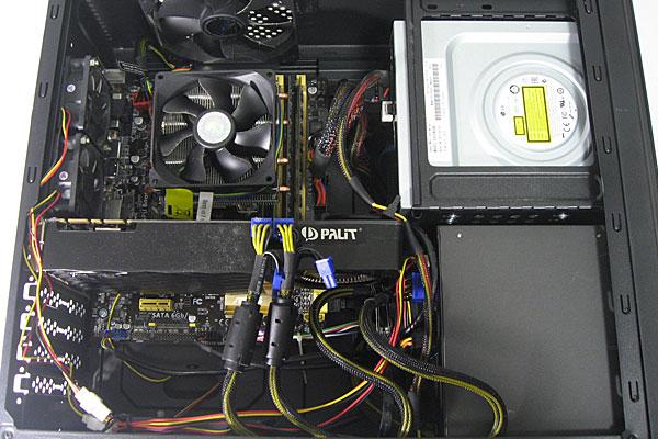 現在使用中のPCケース-株式会社サイズ-ATX対応スリム-RANA2-ラナ2-の内部状態