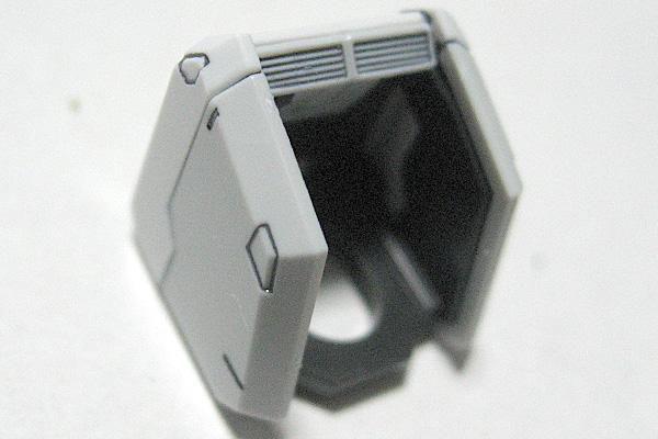 RG-RX-78-2-ガンダム-リアルグレード-肩部完成