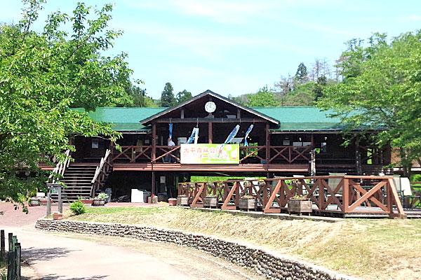 1-新潟県-見附市-大平森林公園-ログハウス-500円の釣りの日券購入