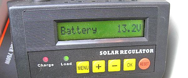 バッテリーへの充電を確認して増設完了