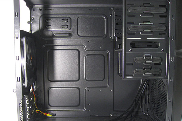 PCケース-株式会社マイルストーン-ミニタワーMG100-電源はリア側上部-330mmのグラボを搭載可能-各ベイはスクリューレス