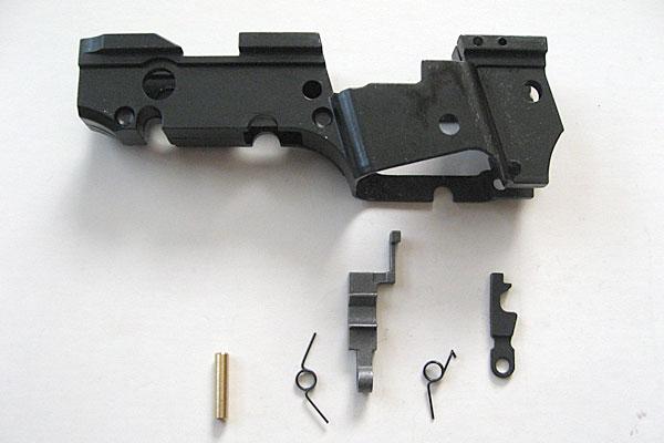 サブフレーム-シア-フルオートシア-両スプリング-をシアーピンカラーで取り付け-9mmM9-ドルフィン-Dolphin-セミ-フル-セレクティブ-マシンピストル-マルシン-モデルガン組立キット