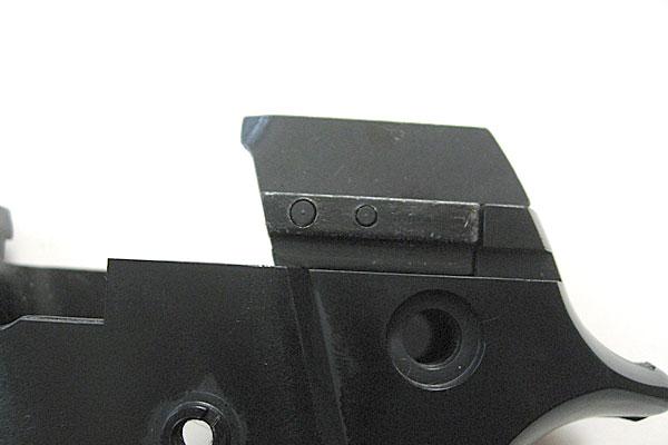 ハンマーリリースレバーの組み込み完了-フロントエジェクターピン-9mmM9-ドルフィン-Dolphin-セミ-フル-セレクティブ-マシンピストル-マルシン-モデルガン組立キット