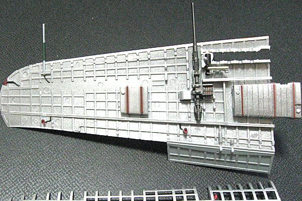 TOMYTEC-トミーテック-零式艦上戦闘機-52乙型-左主翼4-細かいクリヤーパーツの取り付け