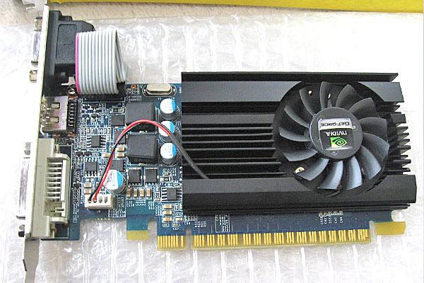 8-ASUS-P5Q-Intel-Core-2-Quad-Q9650-を使って自作PC-グラフィックボードは自室に放置されていた玄人志向GF-GT640-LE1GHD-GK208