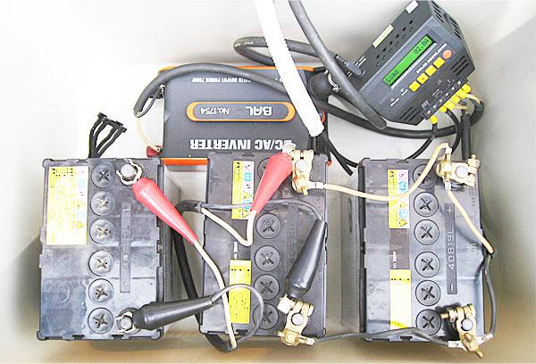 増設したバッテリーを接続して作業完了