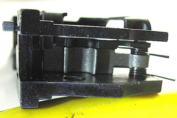 サブフレーム-シア-フルオートシア-両スプリング-をシアーピンカラーで取り付け-位置関係-9mmM9-ドルフィン-Dolphin-セミ-フル-セレクティブ-マシンピストル-マルシン-モデルガン組立キット