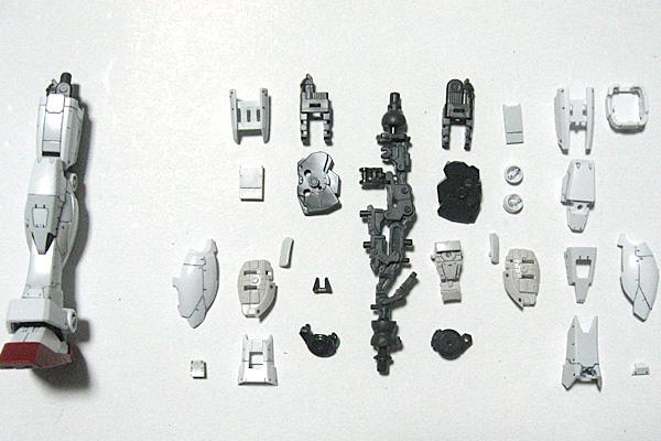 RG-RX-78-2-ガンダム-リアルグレード-脚部正面