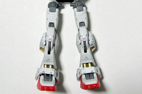 8-RG-ガンダムマーク2-脚部-墨入れとリアリスティックデカールデカールとツヤ消し塗装