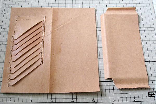 9-レザークラフト-ロングウォレット-長財布-クラッチバッグ-ヌメ革で内部を製作-仕切り用の革の片方にポケットを付けてみる