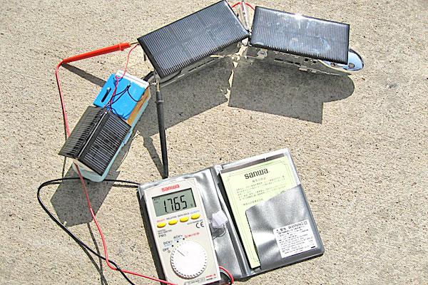 ソーラーパネルを追加して電圧を測ってみる
