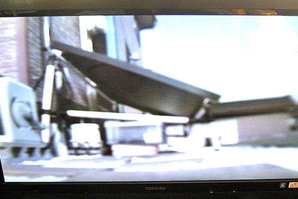 テレビでソーラー防犯監視カメラの映像を確認してみる