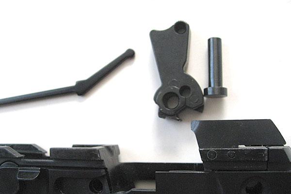 ハンマーの組込み-9mmM9-ドルフィン-Dolphin-セミ-フル-セレクティブ-マシンピストル-マルシン-モデルガン組立キット