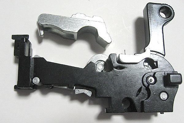 ロッキングブロックの組込み-モーゼル-MAUSER-C96-M712-組立キット-モデルガン-マルシン