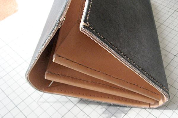 27-レザークラフト-ロングウォレット-長財布-クラッチバッグ-本体-ガワ-の製作-最終縫製と仕上げ-力がかかる部分の始末