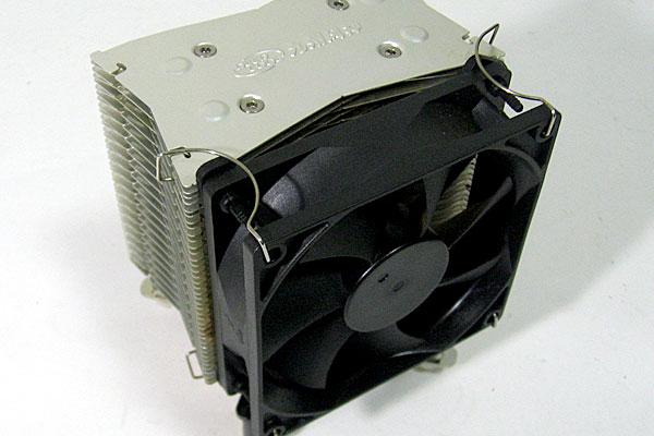 ASUS-P5Q-Intel-Core-2-Quad-Q9650-玄人志向GF-GT640を使って自作PC-CPUクーラーは自室に放置されていた謎サイドフロー-九州風神