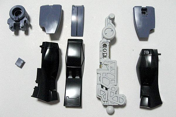 6-HG-サイコガンダム-脚部装甲-墨入れ